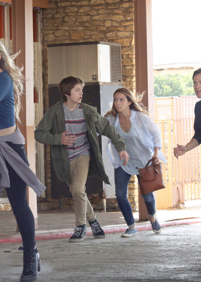 The Gifted: Timeslot, Extended Description & New Promo Photos Revealed